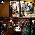 7.6Marriott Seattle Airport 商店.jpg