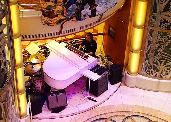 0709鋼琴演奏.JPG