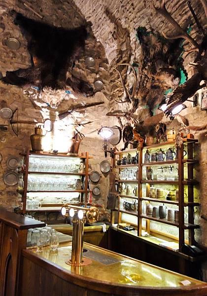 布拉格 地窖餐廳 (6).JPG