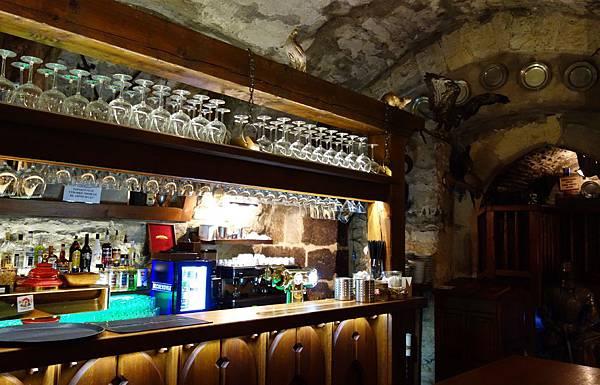 布拉格 地窖餐廳 (12).JPG