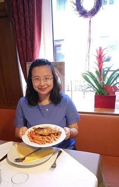 酒館烤雞風味餐 (1).JPG