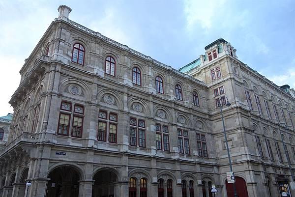 維也納國家歌劇院 (2).JPG