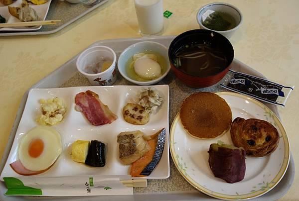 指宿白水館早餐  (2).JPG