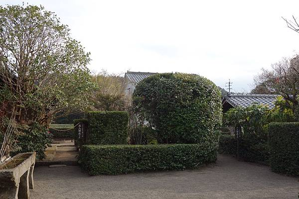 3平山亮一庭園 (5).JPG