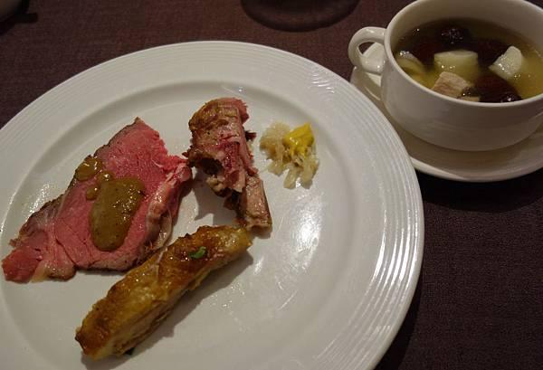 餐 (1).JPG