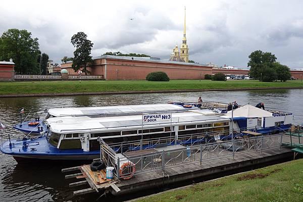 涅瓦河遊船 (11).JPG