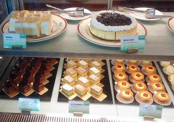 甜點櫃 (4).JPG