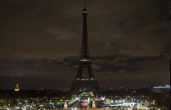 21051115天佑法國1