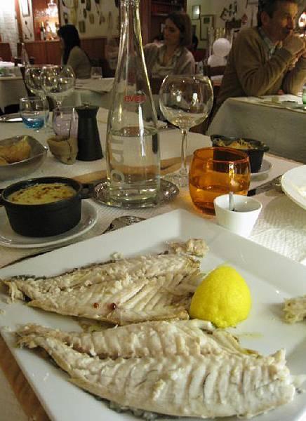 La Fourchette @ 烤魚服務完成.jpg