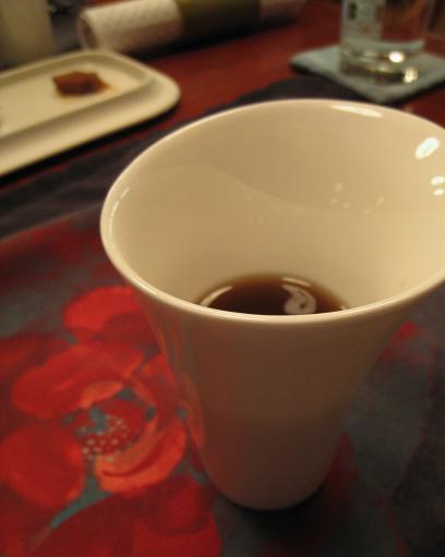 白瓷杯.jpg