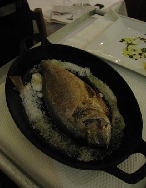 La Fourchette @ 主菜烤魚.jpg