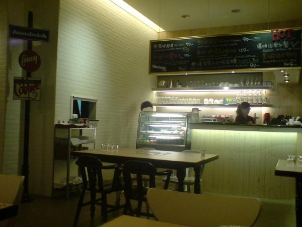 Handwich+CAFE 內部.jpg