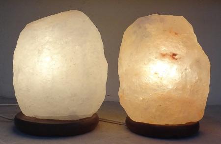 光明鹽燈VS一般淺層玫瑰鹽燈(開)