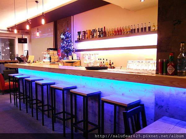 後少女時代 台中中區 紅磚餐廳 駐唱 聚餐
