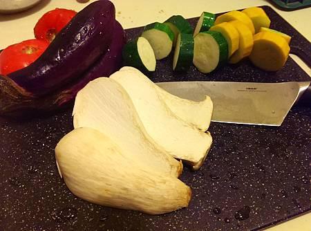 孤身廚房-鑄鐵烤盤烤綜合蔬菜2