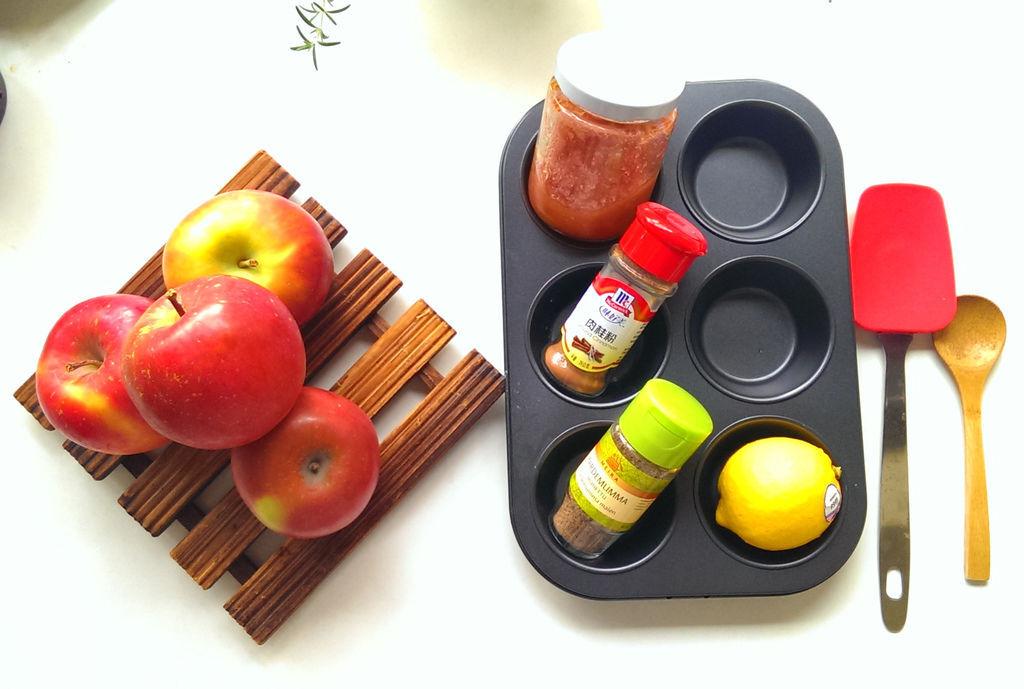 孤身廚房-【學料理】〈烘焙〉超方便!極簡單!蘋果玫瑰花捲1.jpg