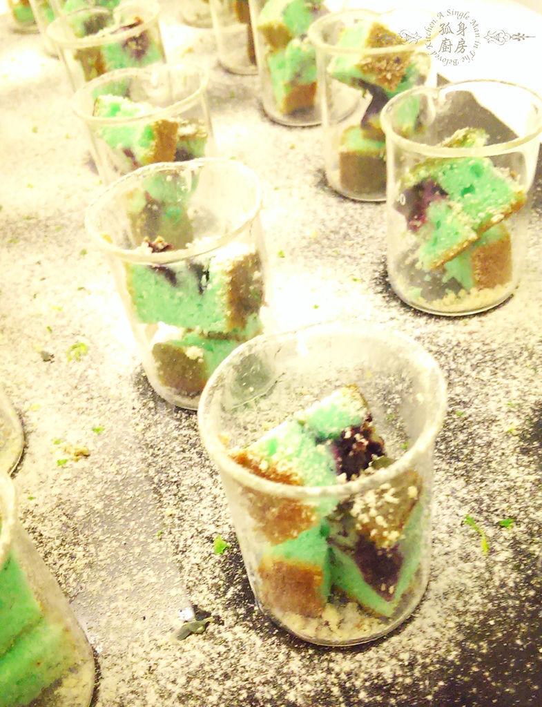 孤身廚房-藍色藍莓磅蛋糕7.jpg