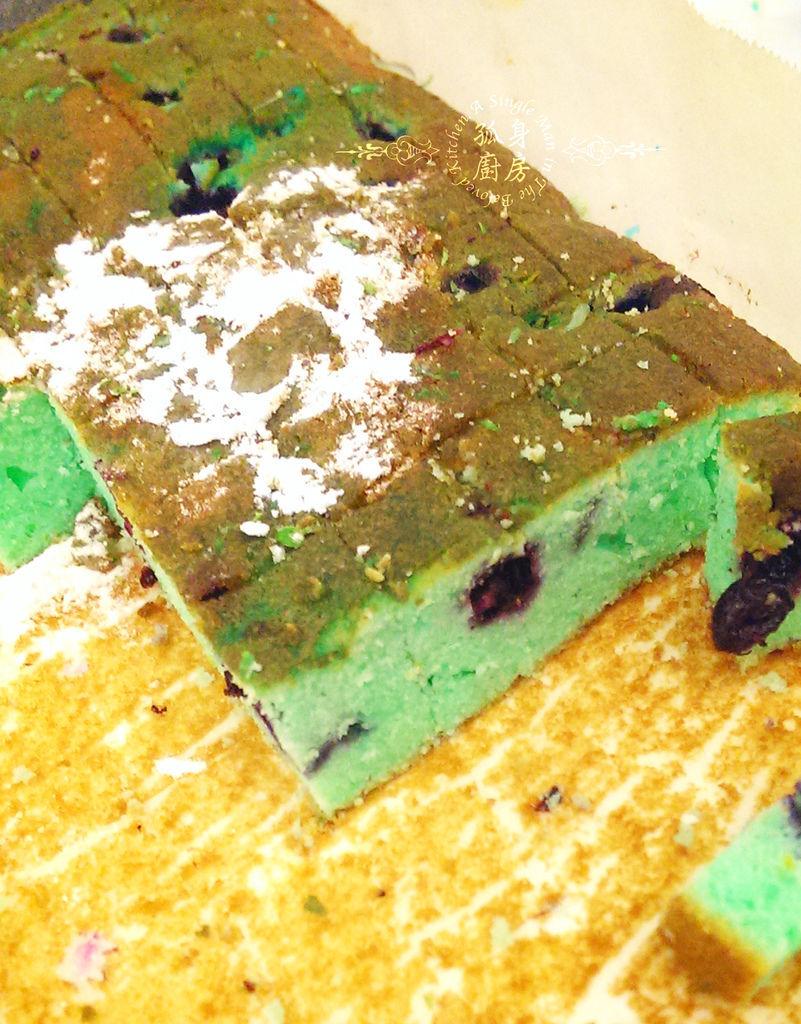 孤身廚房-藍色藍莓磅蛋糕4.jpg