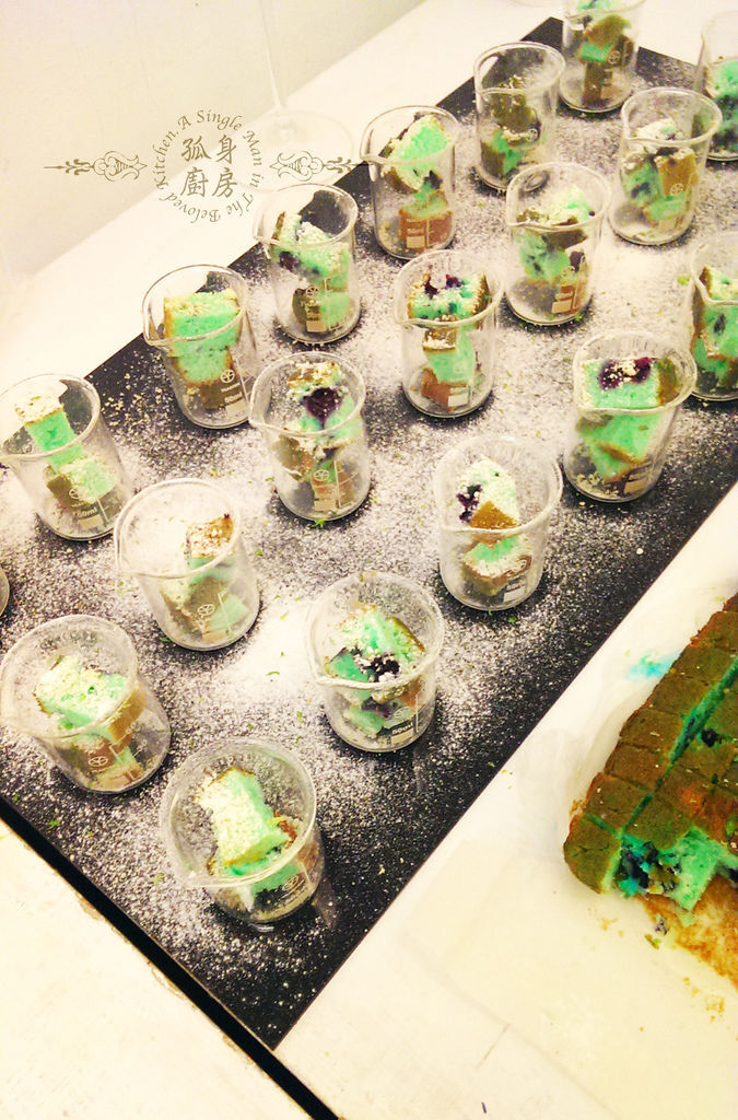 孤身廚房-藍色藍莓磅蛋糕5.jpg