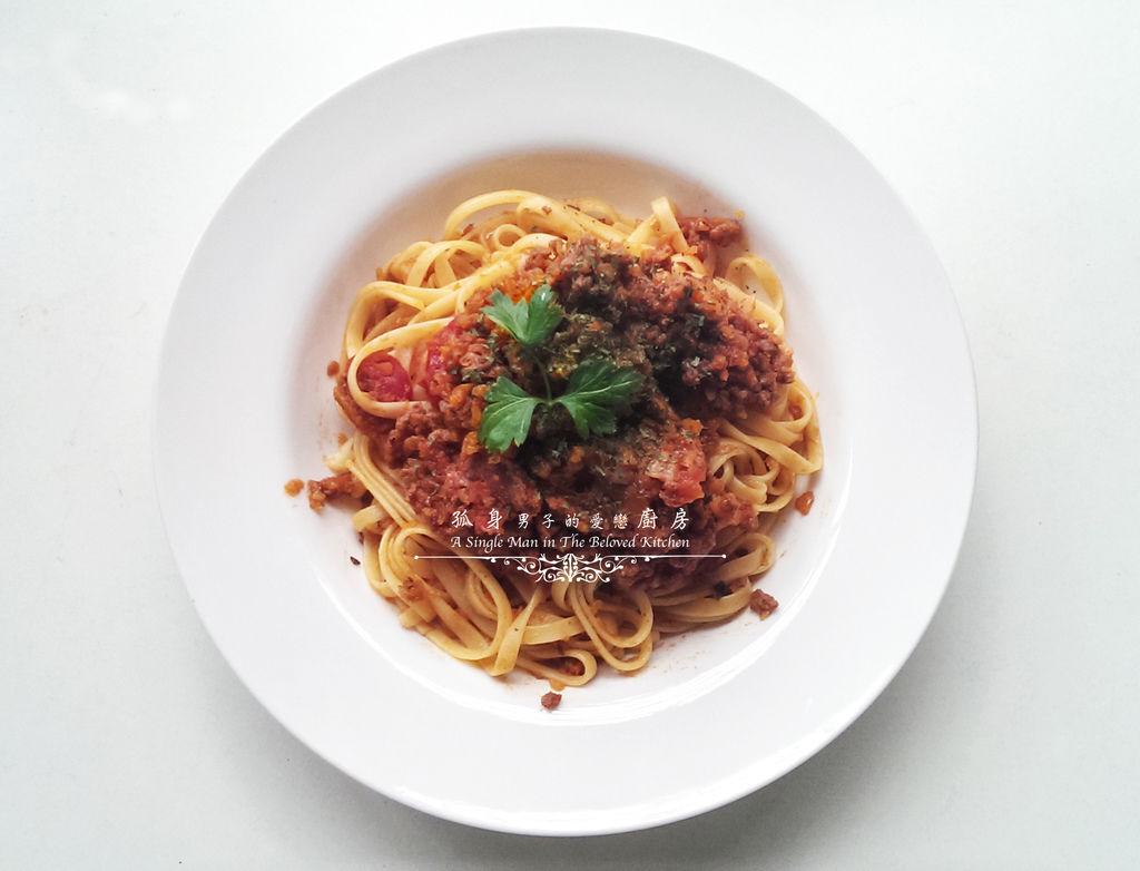 孤身廚房-波隆納紅酒肉醬義大利扁麵24.jpg