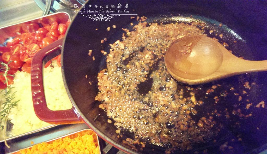 孤身廚房-波隆納紅酒肉醬義大利扁麵11.jpg