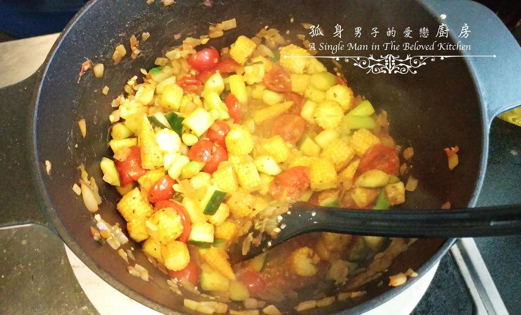 孤身廚房-烤甜椒鑲綜合蔬菜起司盅14.jpg