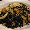 佐佐義-香蒜海鮮墨魚麵1.jpg