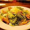 佐佐義-培根雞肉大凱撒沙拉1.jpg