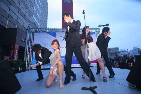 聖傑開唱So Fun_熱歌熱舞