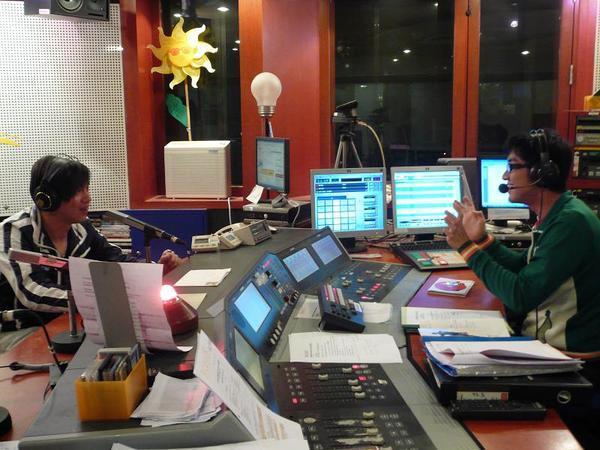 Sam_新加坡宣傳-電台933-3.jpg