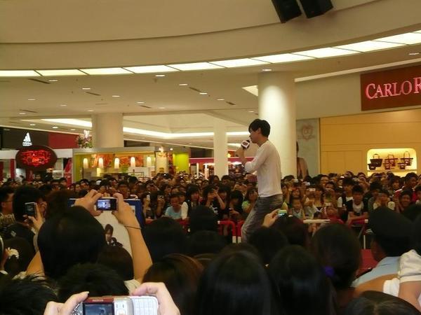 Batu Pahat Mall 簽唱會-1.jpg