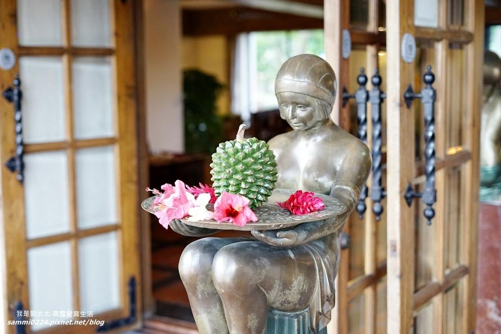當我們來到花蓮理想大地,一抵達大廳就感受到濃濃的異國風情與渡假氣氛。