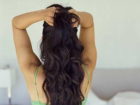 乾燥頭髮勿梳