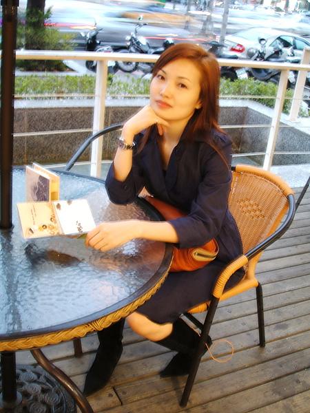 悠閒喝咖啡2.jpg
