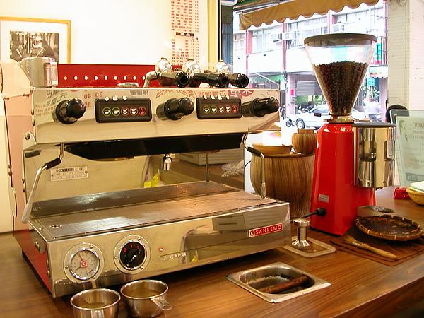 義式咖啡烘焙店縮影1.jpg