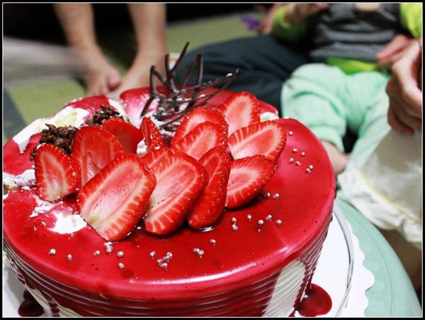 草苺蛋糕.JPG
