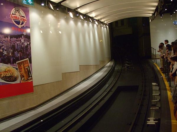 山頂纜車的軌道