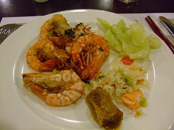 椒鹽蝦.高麗菜