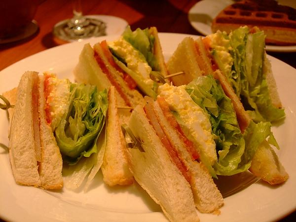 蜜汁火腿沙拉三明治