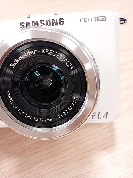 Samsung EX2F 大光圈F1.4「日光白」11月23日 新色登場 6