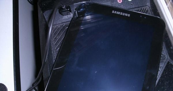 Samsung Galaxy Tab P1000 USB充電0.jpg