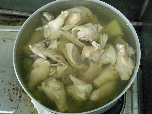 鳳梨苦瓜雞湯2.