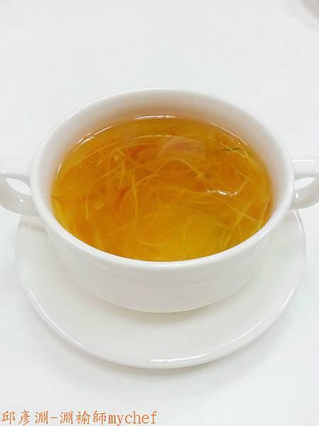邱彥淵-淵褕師mychef.301D蔬菜絲清湯