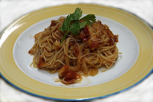 11月30日魚片羅勒番茄醬義大利麵3.JPG