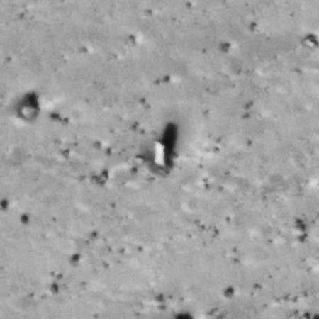 火星上的方尖碑.jpg
