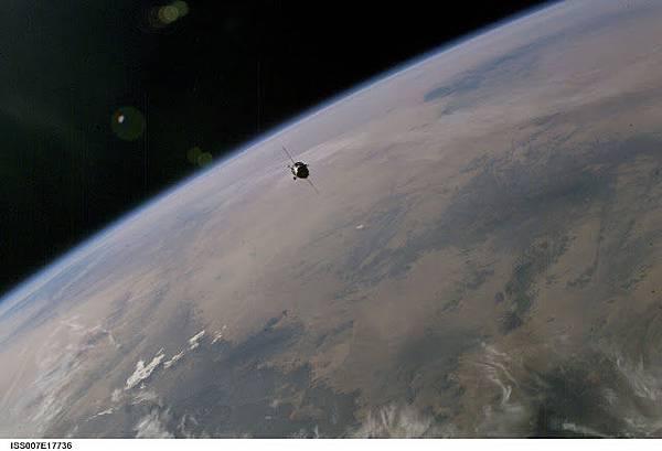 搜尋外星飛船的衛星.jpg
