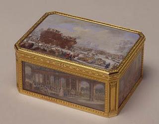總價值數百萬英鎊的古董黃金盒.jpg