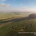 2016-6-23 英國威爾特郡發現麥田圈2.jpg