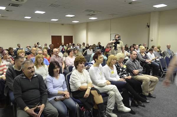 共90個人在布達佩斯參加了匈牙利的第一場實體聚會1.jpg