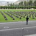 這國家教士兵們用「超覺靜坐」來維護世界和平1.jpg